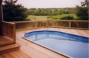 Stunning Design Work on Wooden Pool Deck