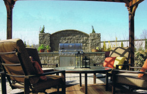 Nice-Patio-With-Outdoor-Kitchen-Setup