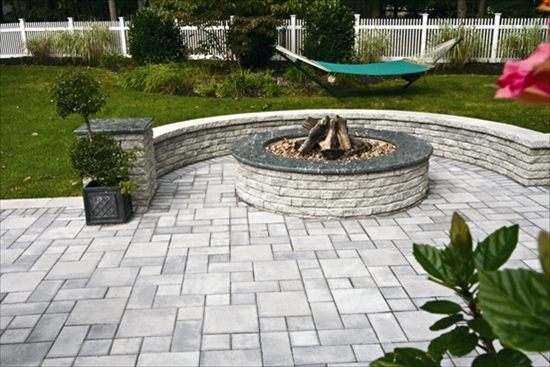 Outdoor-Fire-Place-And-Custom-Stone