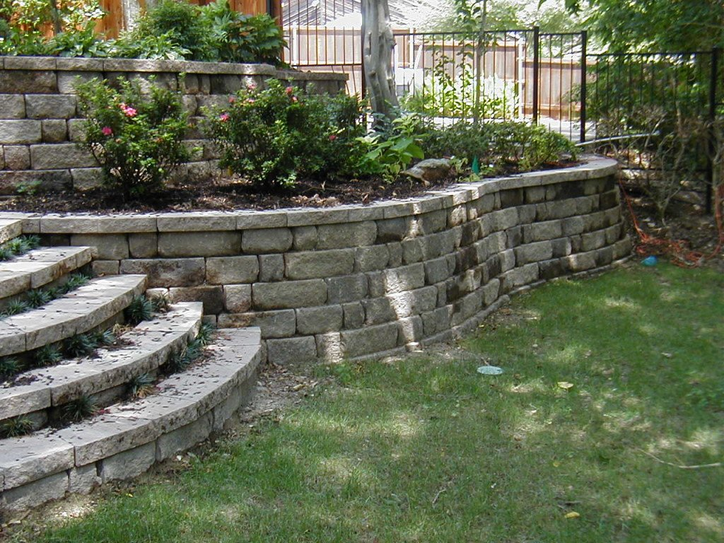 Delightful Garden Retaining Walls. OLYMPUS DIGITAL CAMERA