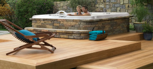 Enjoy a nice outdoor Jacuzzi for memories with your special somebody